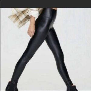 NEW- 7 For All Mankind Olive Green leggings